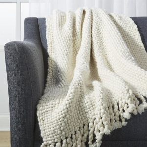 Cozy Blankets Perfect For The Winter
